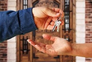 Оспариваем договор дарения жилья в суде