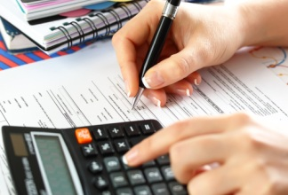 Налогообложение и его размер при дарении недвижимости близким родственникам.