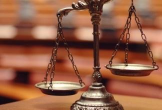 Рассчитываем размер обязательной доли наследников по закону.