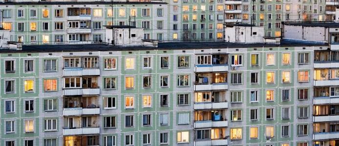 Какое жилье и какая категоря людей может участвовать в приватизации квартиры