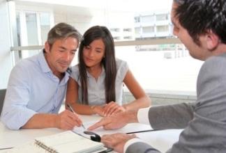 Формы оформления дарения недвижимости. Что лучше завещание или договор дарения.