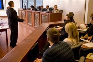 Как составить и подать в суд ходатайство о переносе судебного заседания