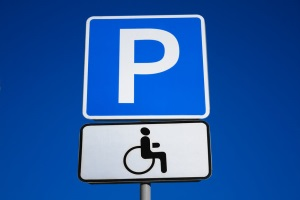 Знак парковка для инвалидов зона до или после знака