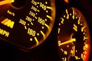 Проверка скрученности километража электронного одометра