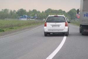 Пересечение сплошной линии разметки при объезде препятствия