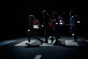 Световозвращающие элементы для пешеходов