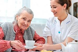 Как оформить опекунство над недееспособным пожилым человеком?