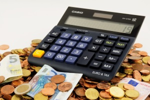 Сколько стоит вступить в наследство у нотариуса?